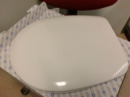 Concept 100 WC-Sitz mit Deckel Edelstahlscharnier B0302Y weiss 511567